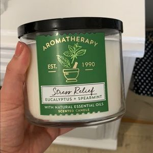 Bath and Body Works essential oil candle